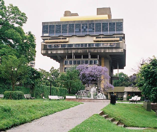 Resultado de imagen para biblioteca nacional
